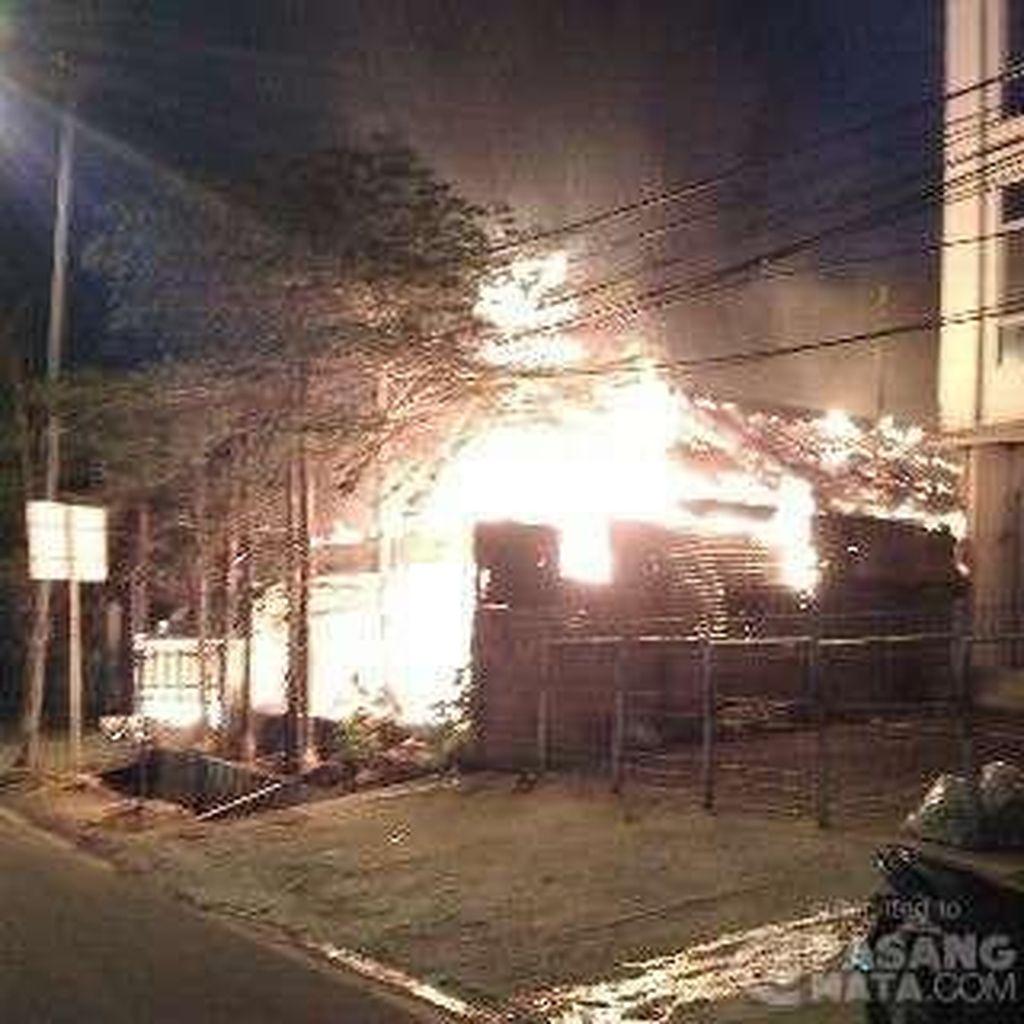 Ruko di Fatmawati Terbakar, 10 Damkar Diterjunkan
