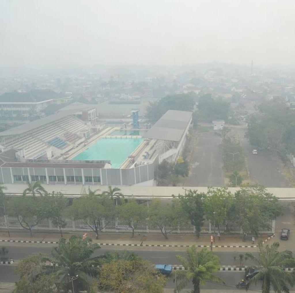 Akibat Asap, Sudah Dua Bulan Sinar Matahari Tak Terik di Palembang