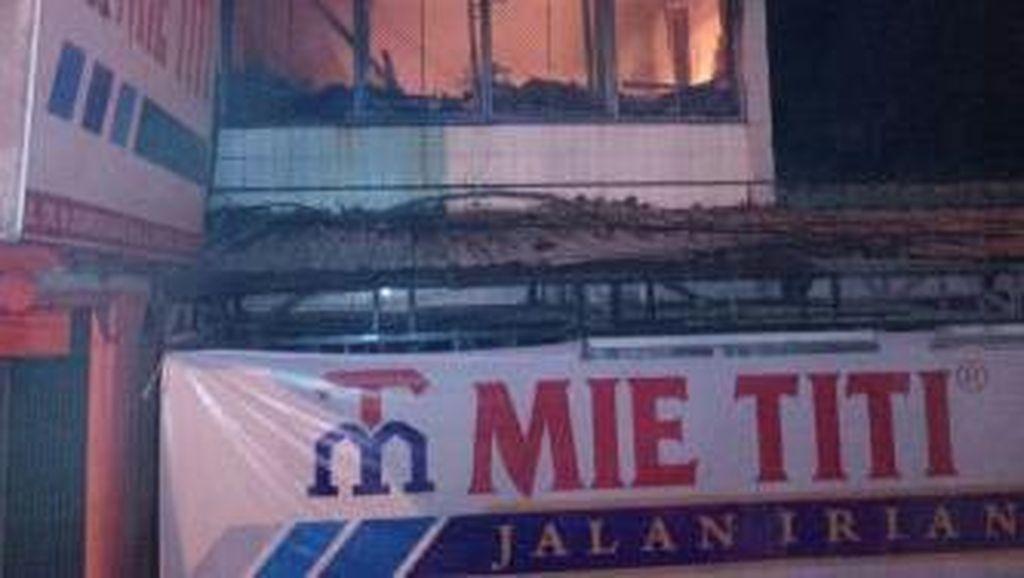 Kebakaran di Rumah Makan Makassar, 1 Korban Tewas