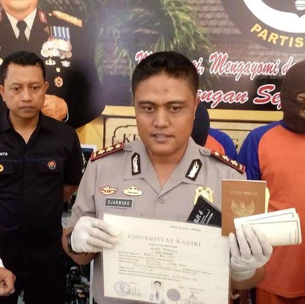 Komplotan Pemalsu Dokumen Lintas Jatim Terbongkar Saat Terjaring Razia