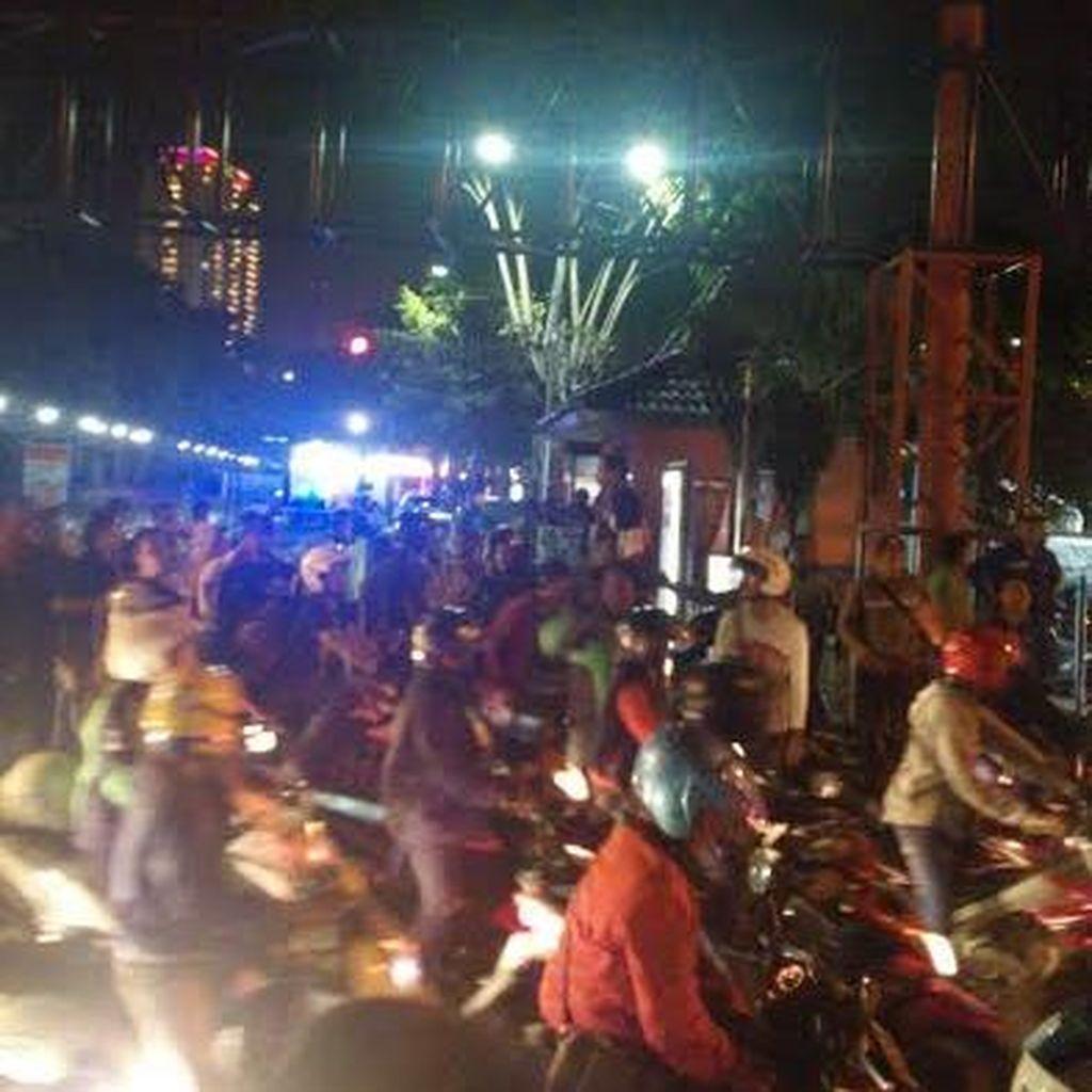 Ini Penyebab Penyerbuan Driver Go-Jek ke Opang Stasiun Gubeng Baru