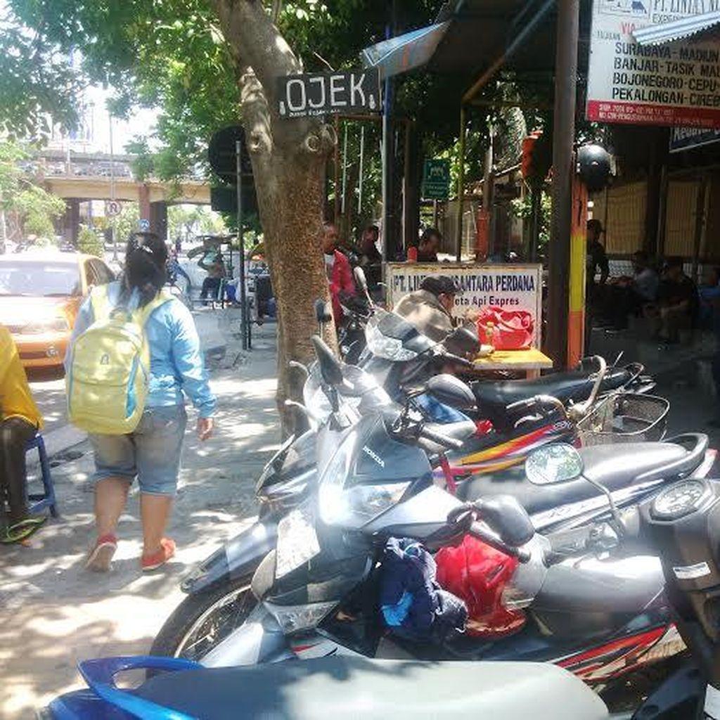 Sempat Diserbu Go-Jek, Opang Stasiun Gubeng Tetap Beroperasi