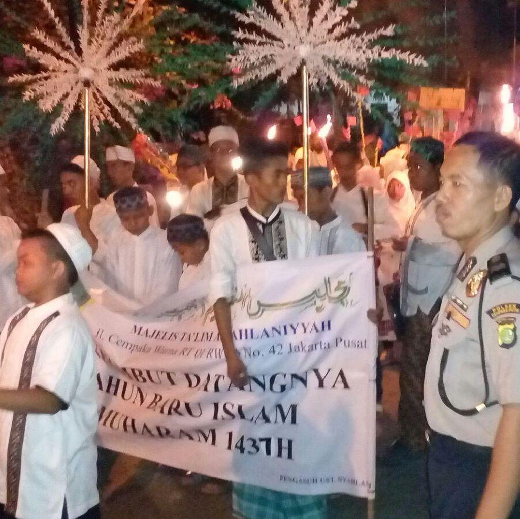 Meriahnya Pawai Obor Peringati Tahun Baru Islam di Jakarta Pusat