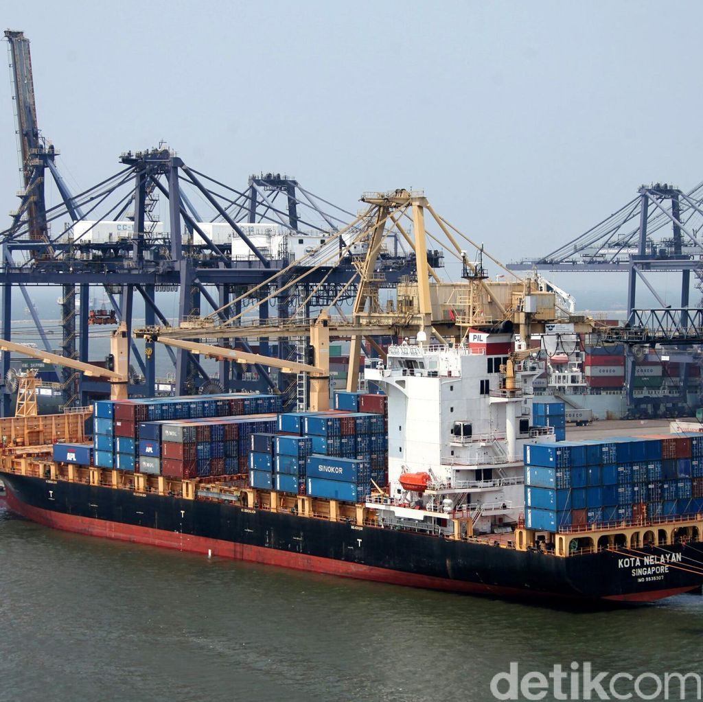 Dwell Time di Pelabuhan Perak Sampai 6 Hari, Ini Pemicunya