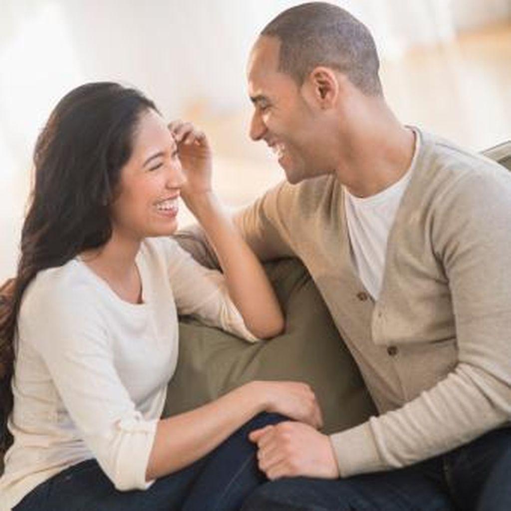 5 Tanda Si Dia Tidak Benar-benar Serius Mau Menjalin Hubungan Cinta