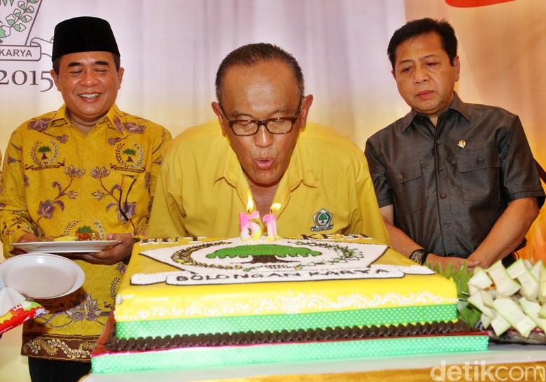 Novanto Dilaporkan Catut Presiden, Ical: Kita Serahkan ke MKD