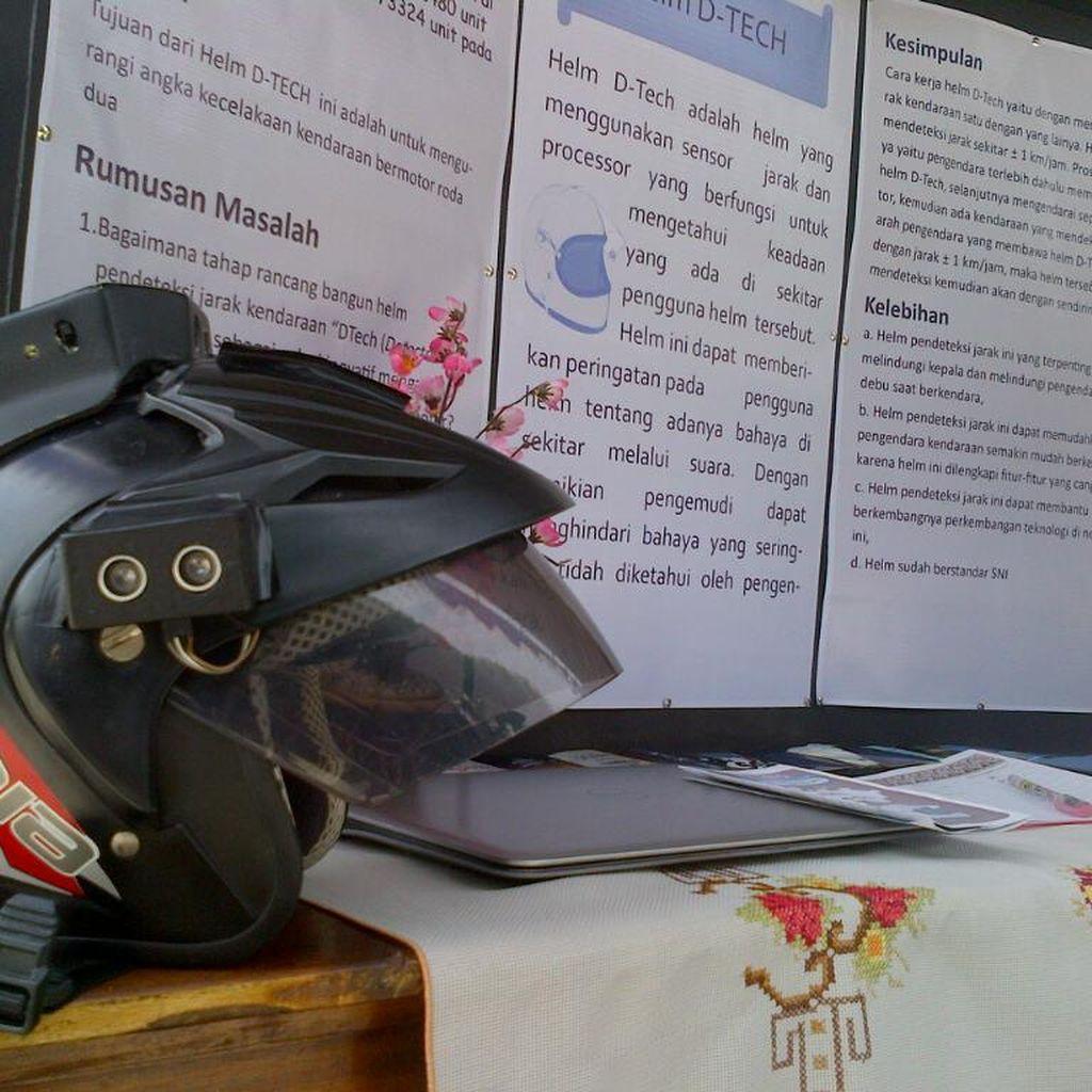 Curi Helm di Balai Kota Solo, Sarjana ini Diserahkan Polisi