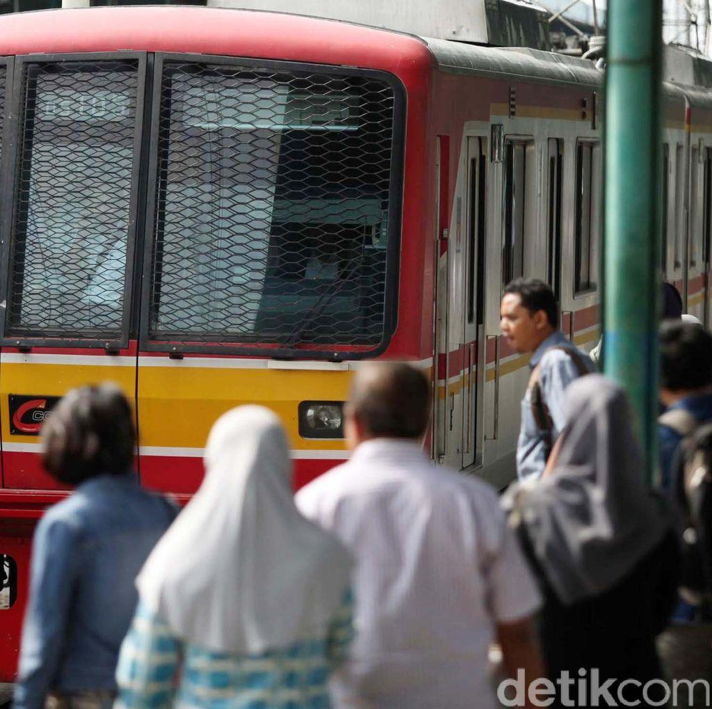 Free Out Mau Dihapus, Kok Tega Sih Dirut Kereta Commuter Line Jakarta?