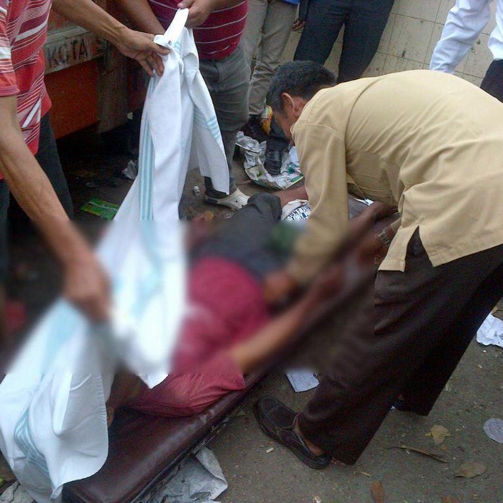 Pria Menggantung di Bak Sampah Hebohkan Warga Semarang