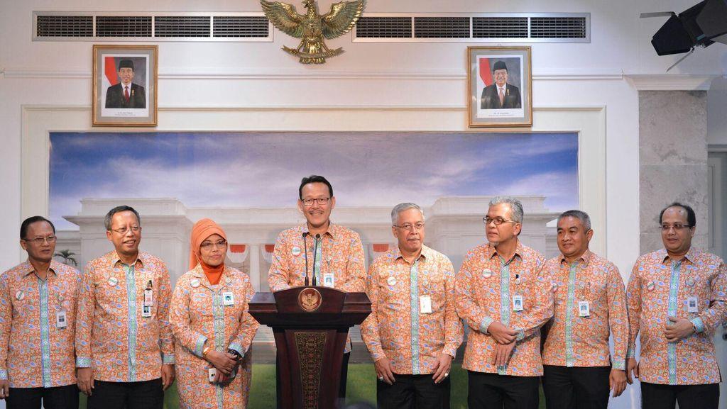 Fachmi Idris Sampaikan Capaian BPJS Kesehatan ke Presiden Jokowi