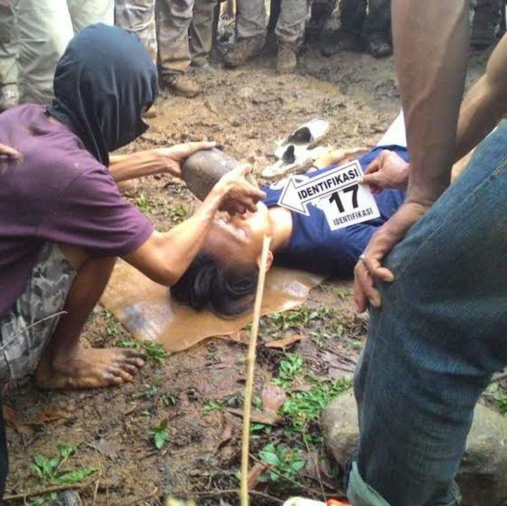 Usai Bunuh Siswi MTs, Anwar Ikut Sibuk Urus Pemakaman