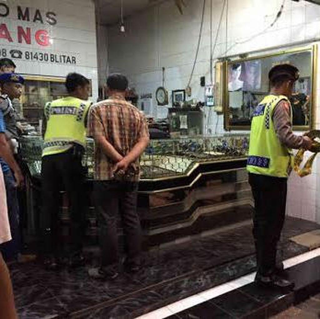 Pemilik Toko Emas Ditemukan Tewas di Tokonya
