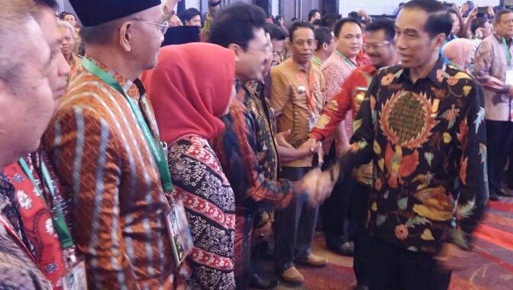 Presiden Jokowi Berharap Kepala Daerah Bantu Kendalikan Inflasi