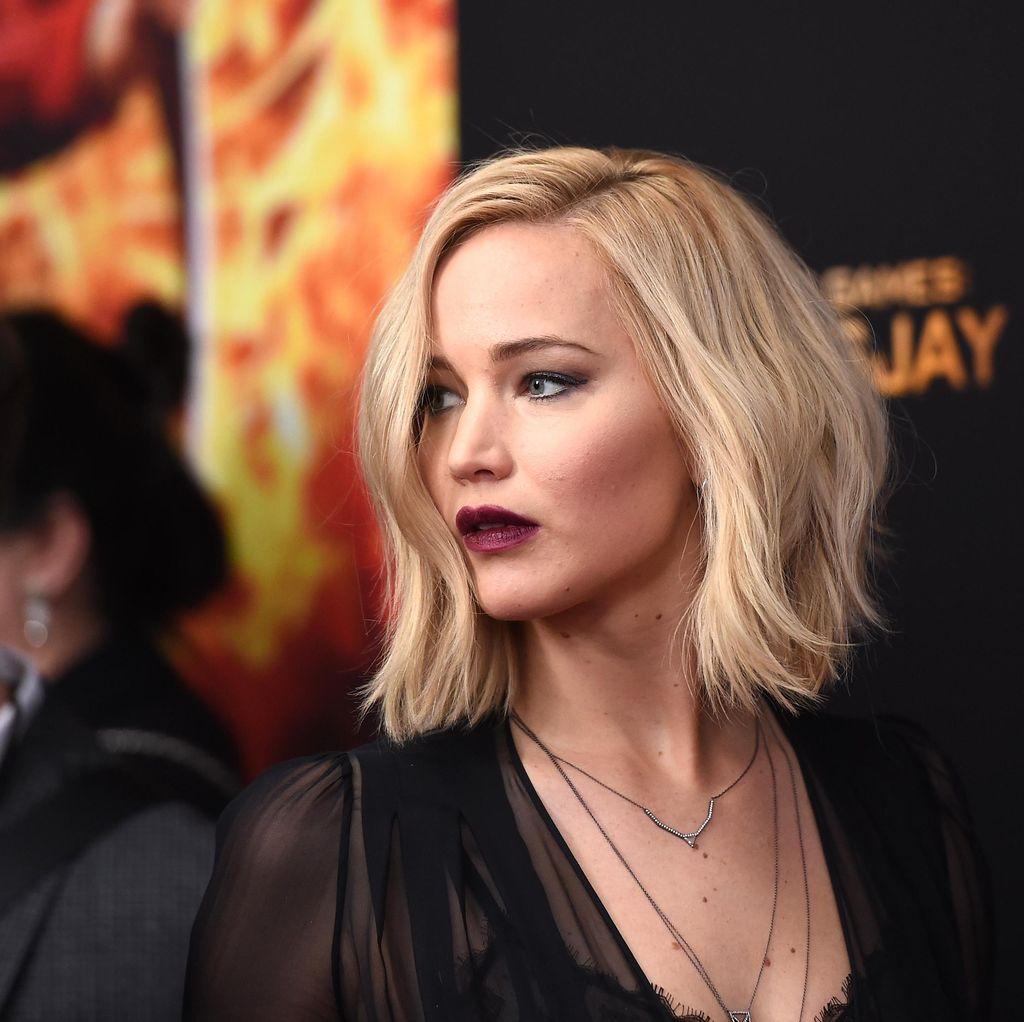 Jennifer Lawrence Terpilih Jadi Entertainer of The Year 2015