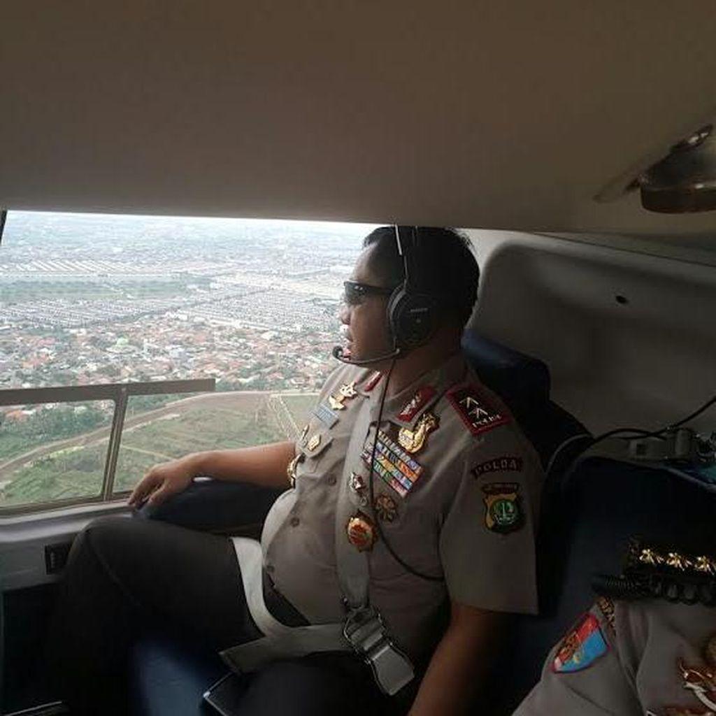 Kapolda Metro Patroli Udara Pantau Aksi Demo di Bekasi hingga Tangerang