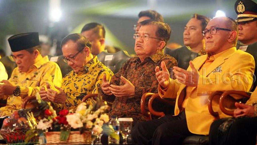 Yorrys Kecewa Agung Laksono Absen di Perayaan HUT Golkar