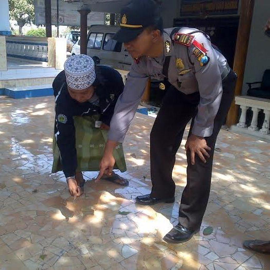 Kediaman Pengasuh Majelis Dzikir di Situbondo Dilempar Bondet