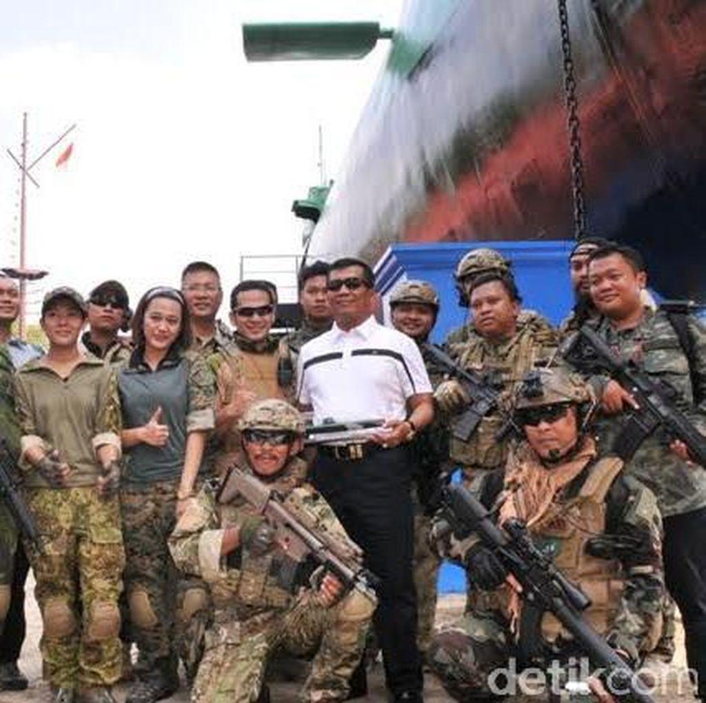 Kompetisi Airsoft Gun, Peserta Membebaskan Panyanderaan Kru Kapal Selam
