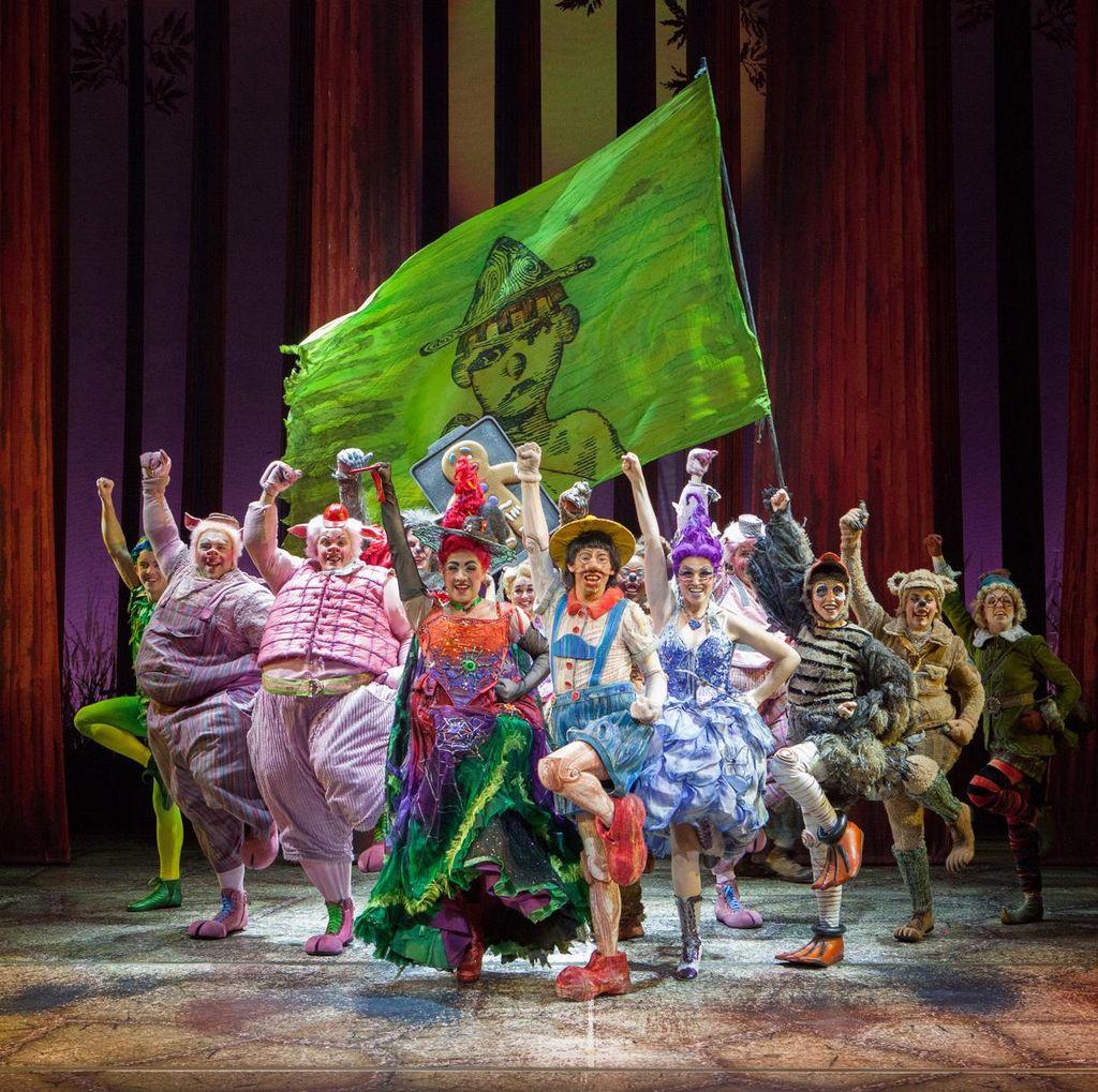 Tiket Pentas Shrek The Musical Dijual 3 Desember