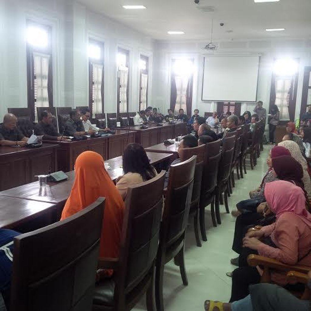 Warga Terimbas Tol Pandaan-Malang Protes Nilai Ganti Rugi