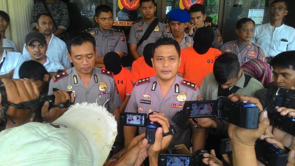 Terlalu! Sopir Angkot ini Simpan 39 Kg Ganja, Rumahnya pun Disatroni Polisi
