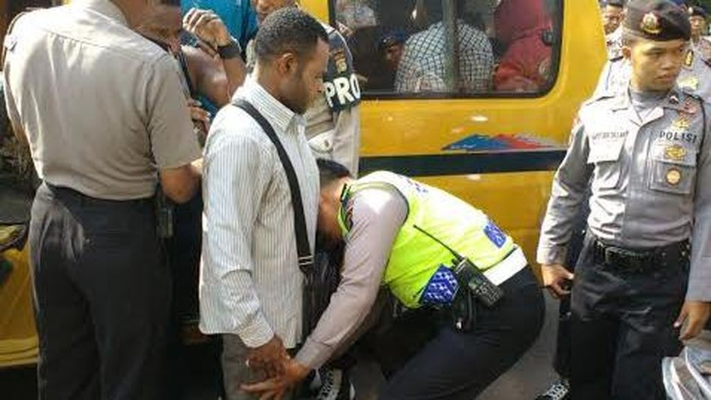 Bantah Keroyok Polisi di Tangerang, Pendemo Asal Papua Mengaku Diintimidasi