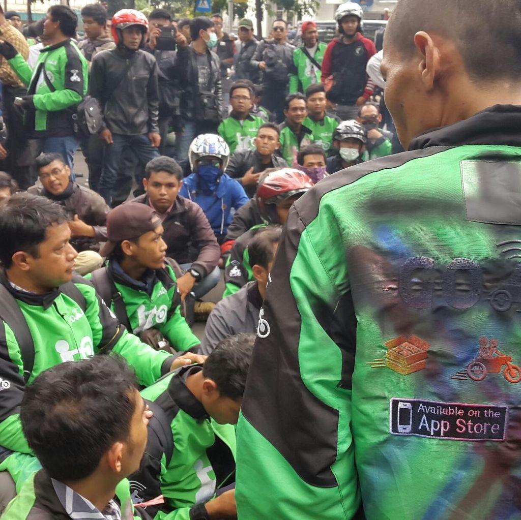 Driver Go-Jek Bandung Bergolak, Protes soal Denda dan Order Fiktif