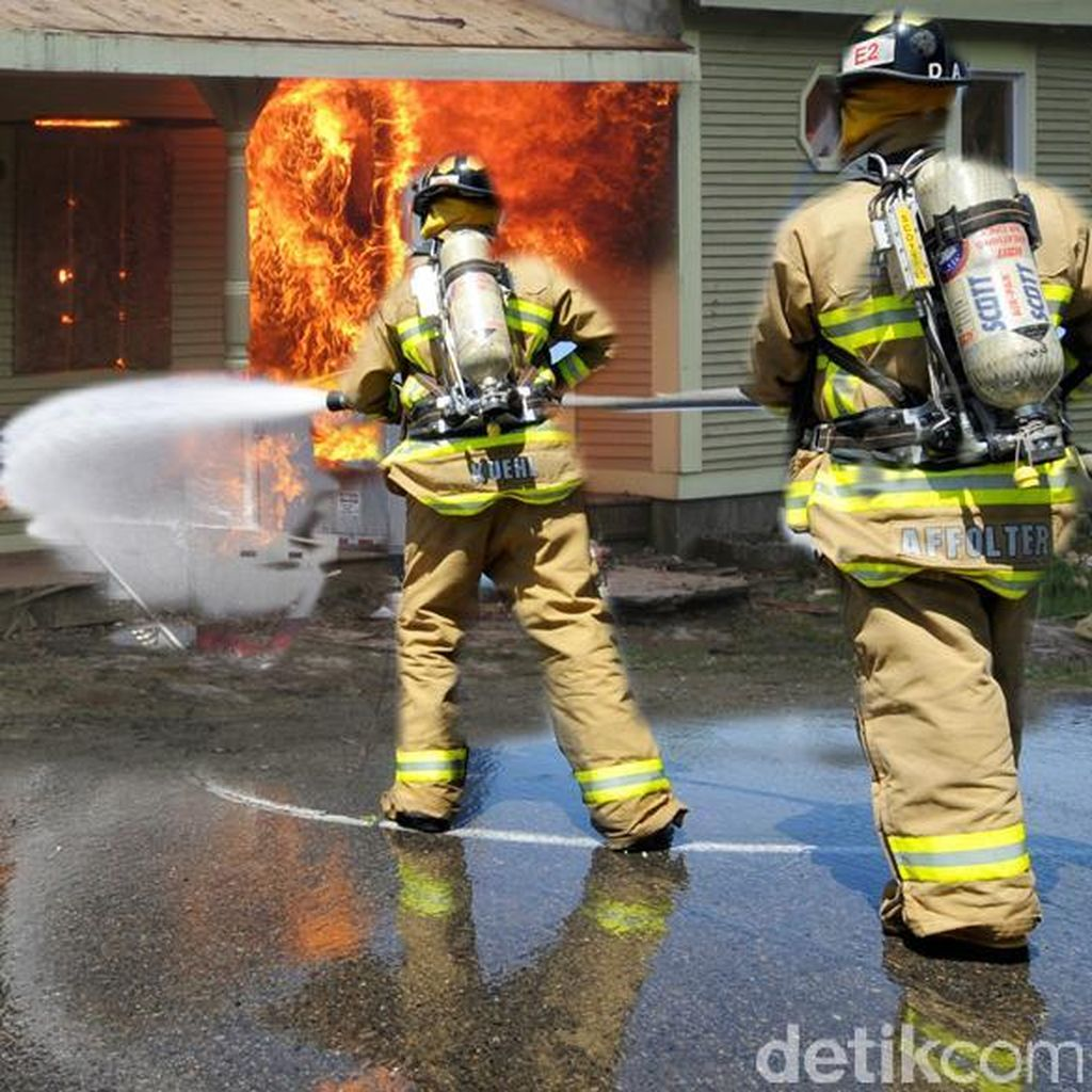 Sejumlah Rumah di Klender Terbakar, 18 Unit Damkar Diterjunkan