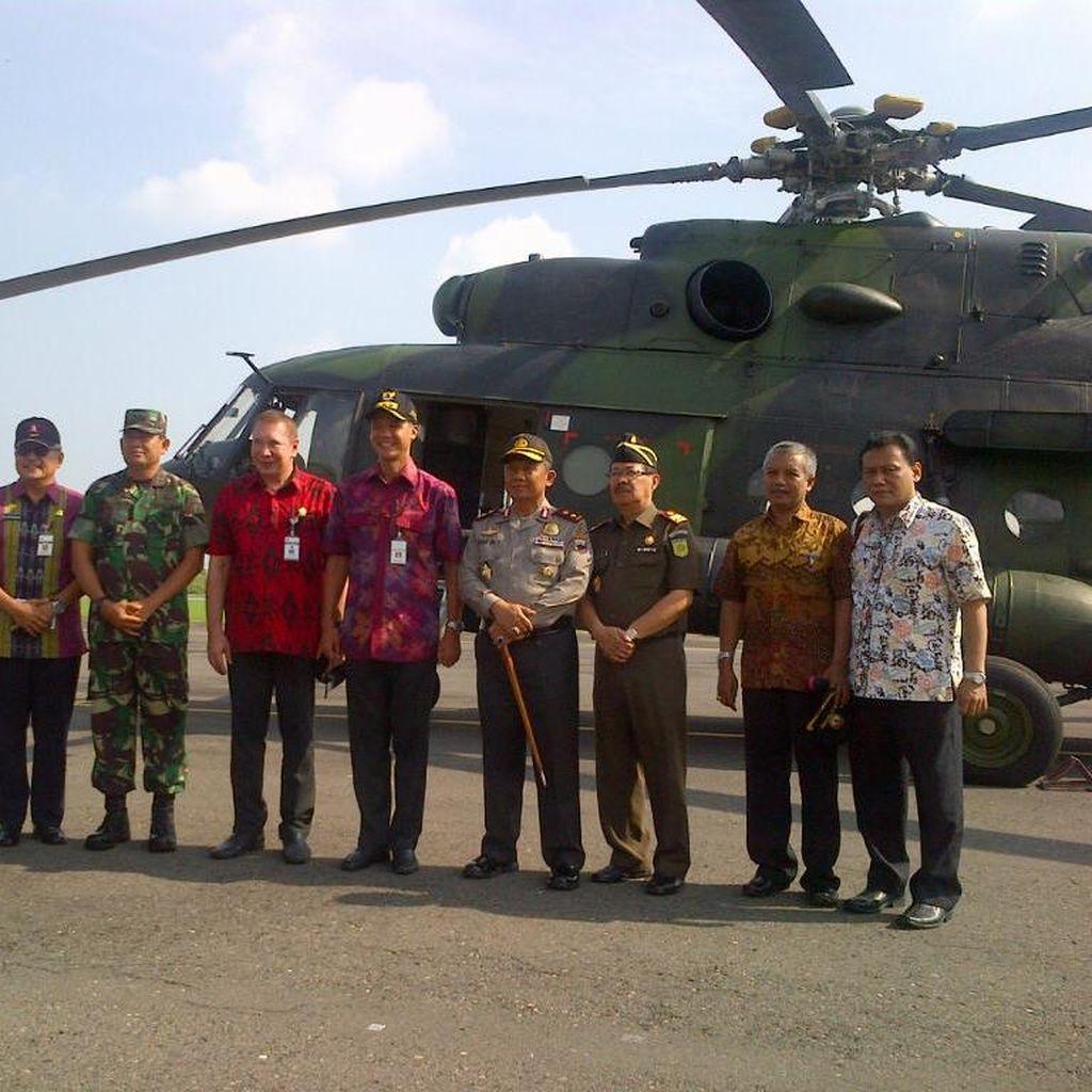 Naik Helikopter, Gubernur Ganjar Keliling Pantau Persiapan Pilkada Jateng