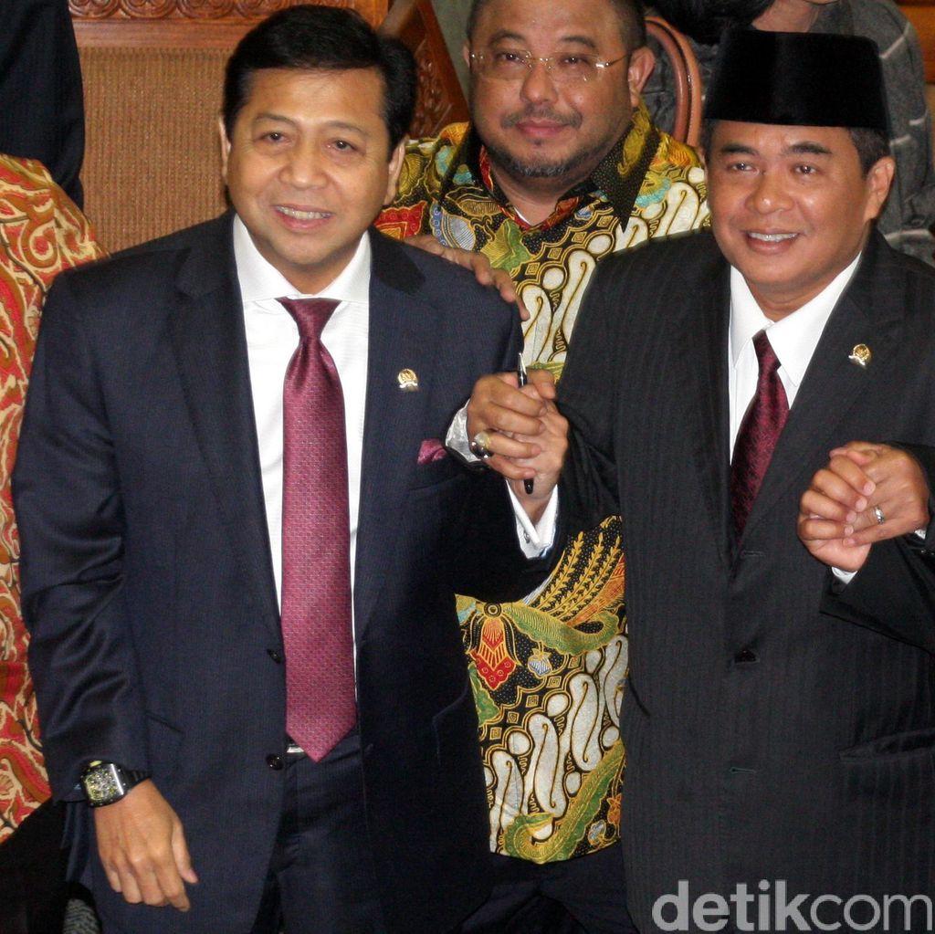 Saat Novanto dan Akom Berlomba Merebut Hati Jokowi