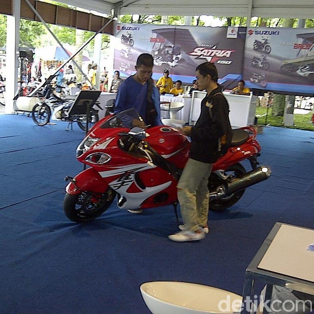 Penjualan Motor Turun, Suzuki Pangkas Karyawan Kontrak