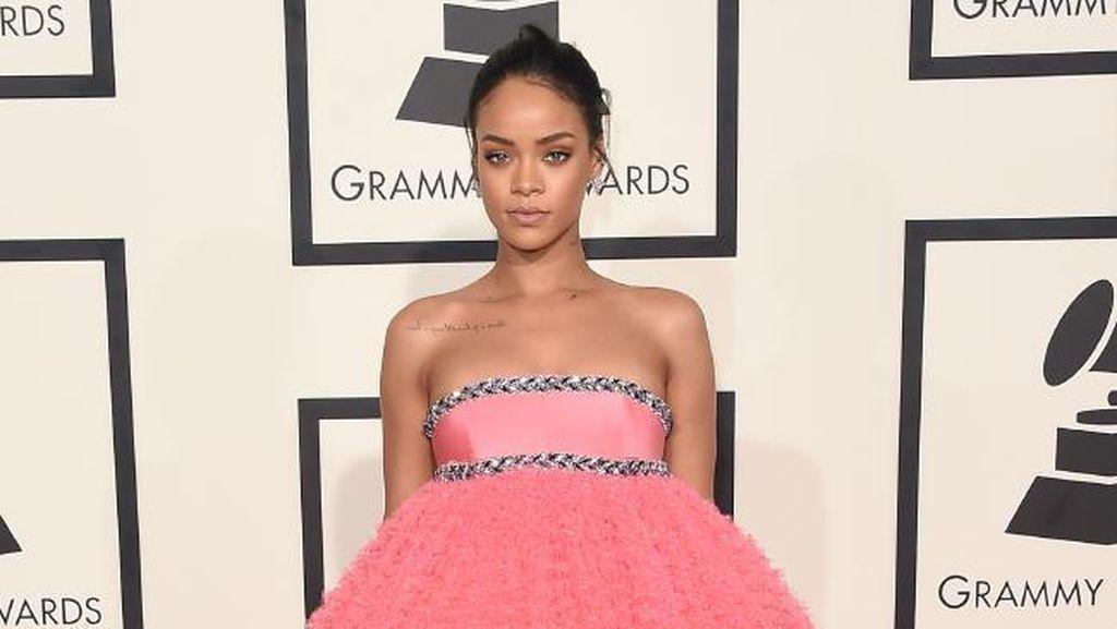 Pertanyaan Soal Album Baru Rihanna yang Masih Belum Terjawab!