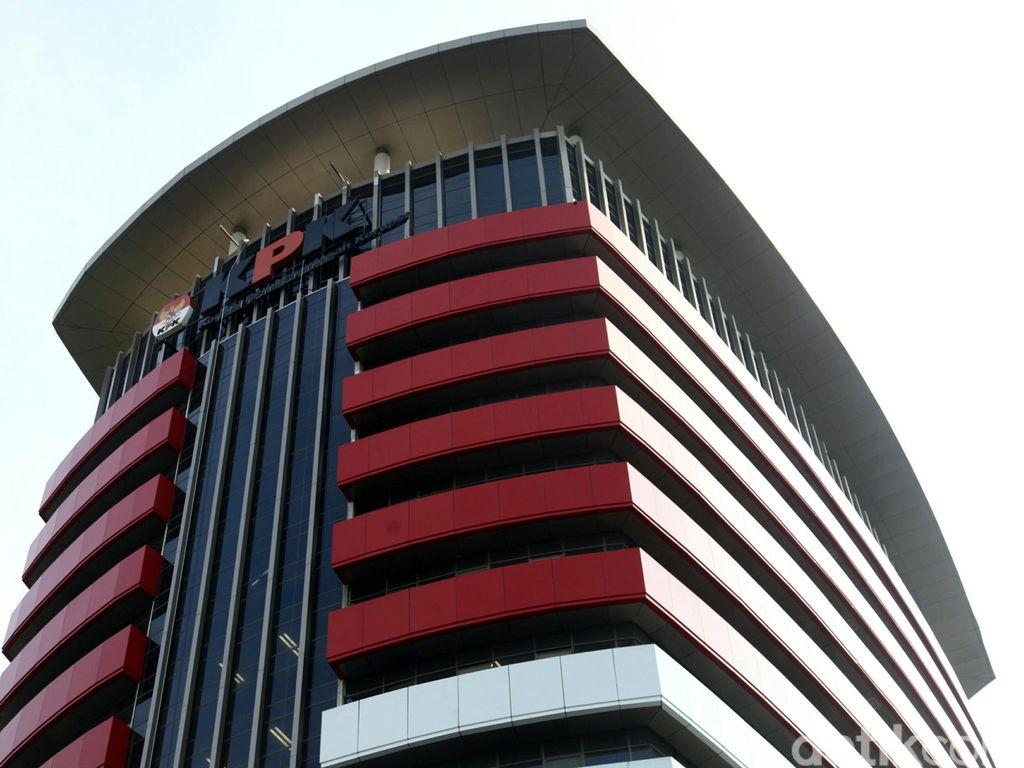 Indikasi Upaya Pelemahan KPK: Judicial Review Hingga Revisi UU
