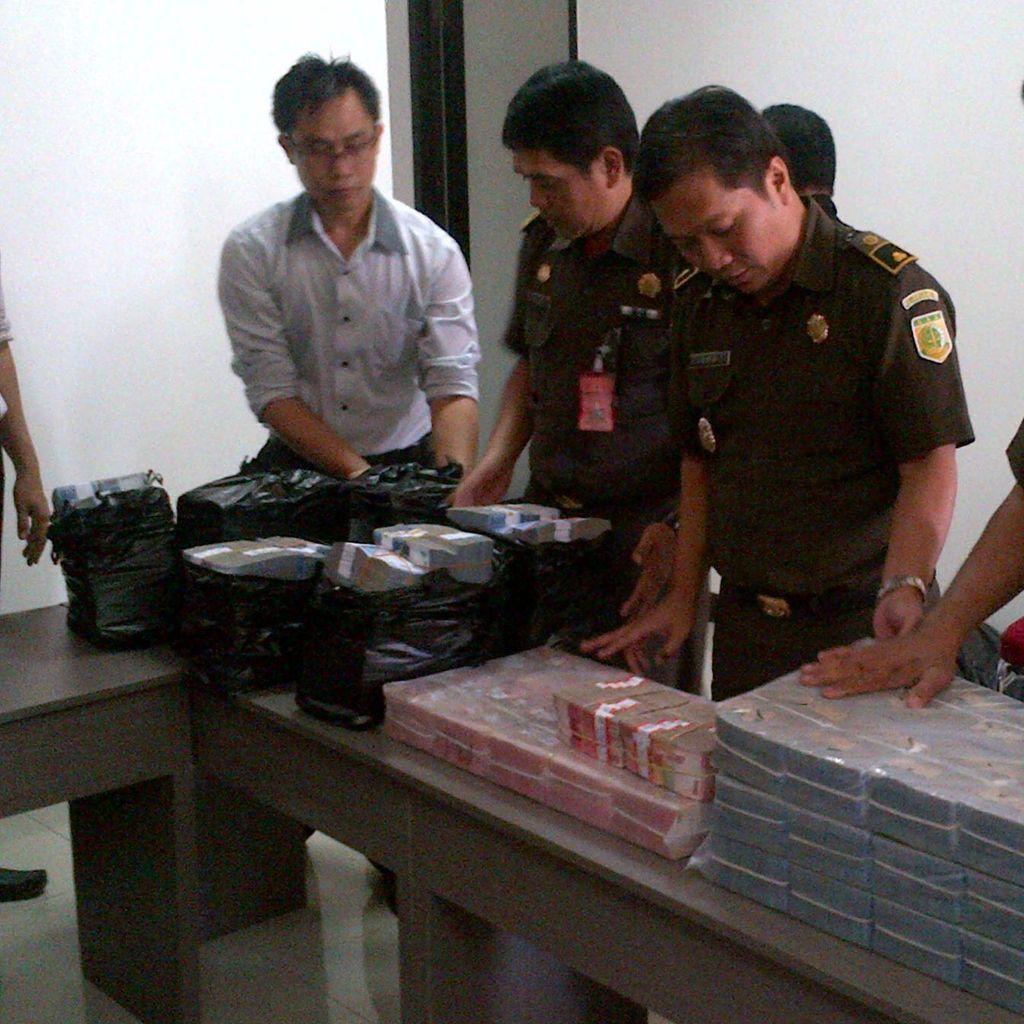 Uang Rp 4,6 M Dititipkan Terdakwa Kasus Korupsi ke Kejati Jateng