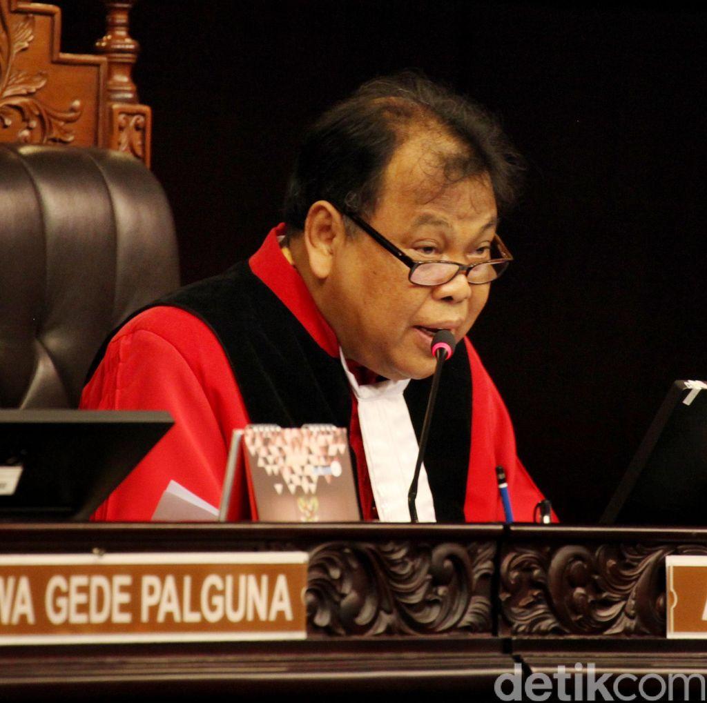 Dijatuhi Sanksi Etik karena Katebelece, Ketua MK: Jangan Tanya Itu Dong...