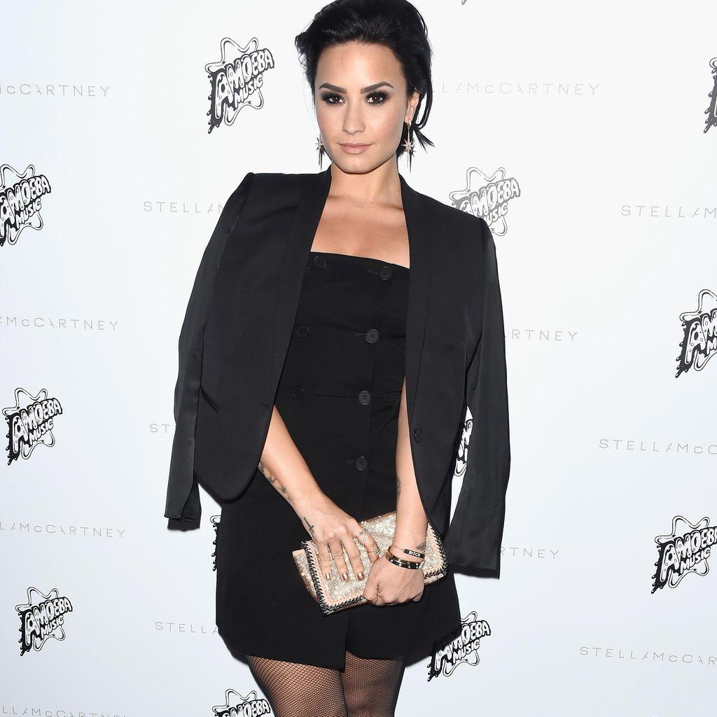 Demi Lovato Belajar Menerima Diri Sendiri dari Keluarga Kardashian
