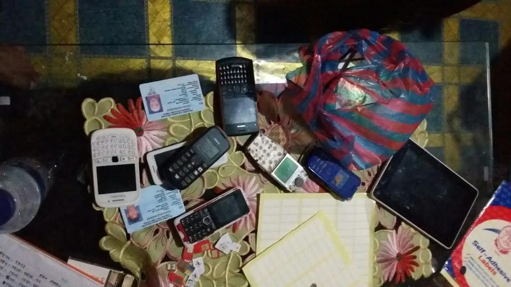 Selain Kelompok Al Gazali Cs, Ibu Rumah Tangga ini Juga Dibekuk karena Hacker BBM