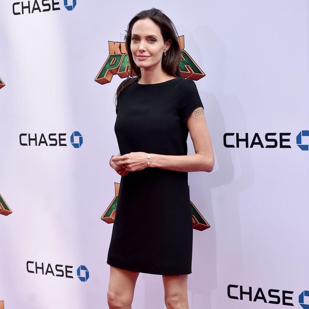 Ihh! Angelina Jolie Semakin Kurus