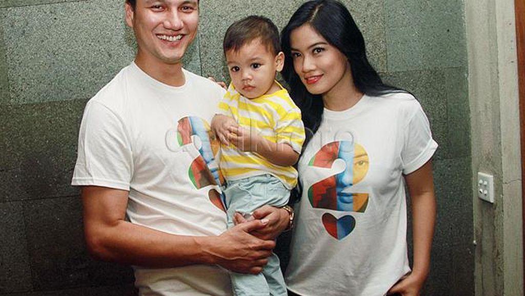 Titi Kamal Masih Ingin 2 Anak Lagi