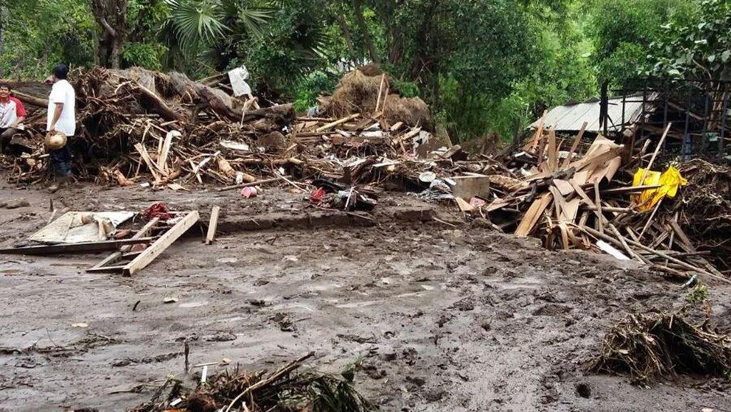 BNPB: Curah Hujan Meningkat, 20 Provinsi Dilanda Banjir
