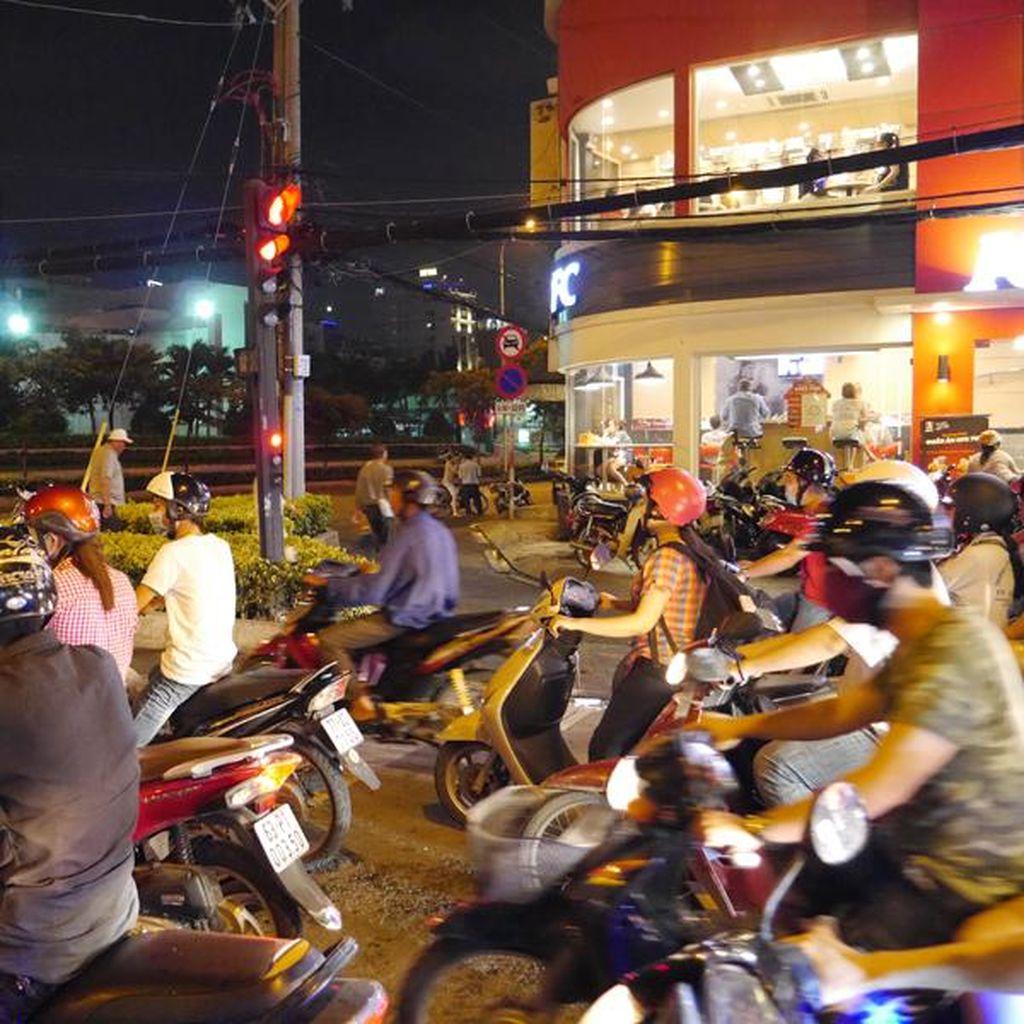 Tahun 2025, Vietnam Berencana Larang Sepeda Motor di Hanoi