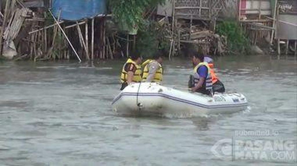 Wanita Bunuh Diri di Sungai Karawang, Jasadnya Belum Ditemukan