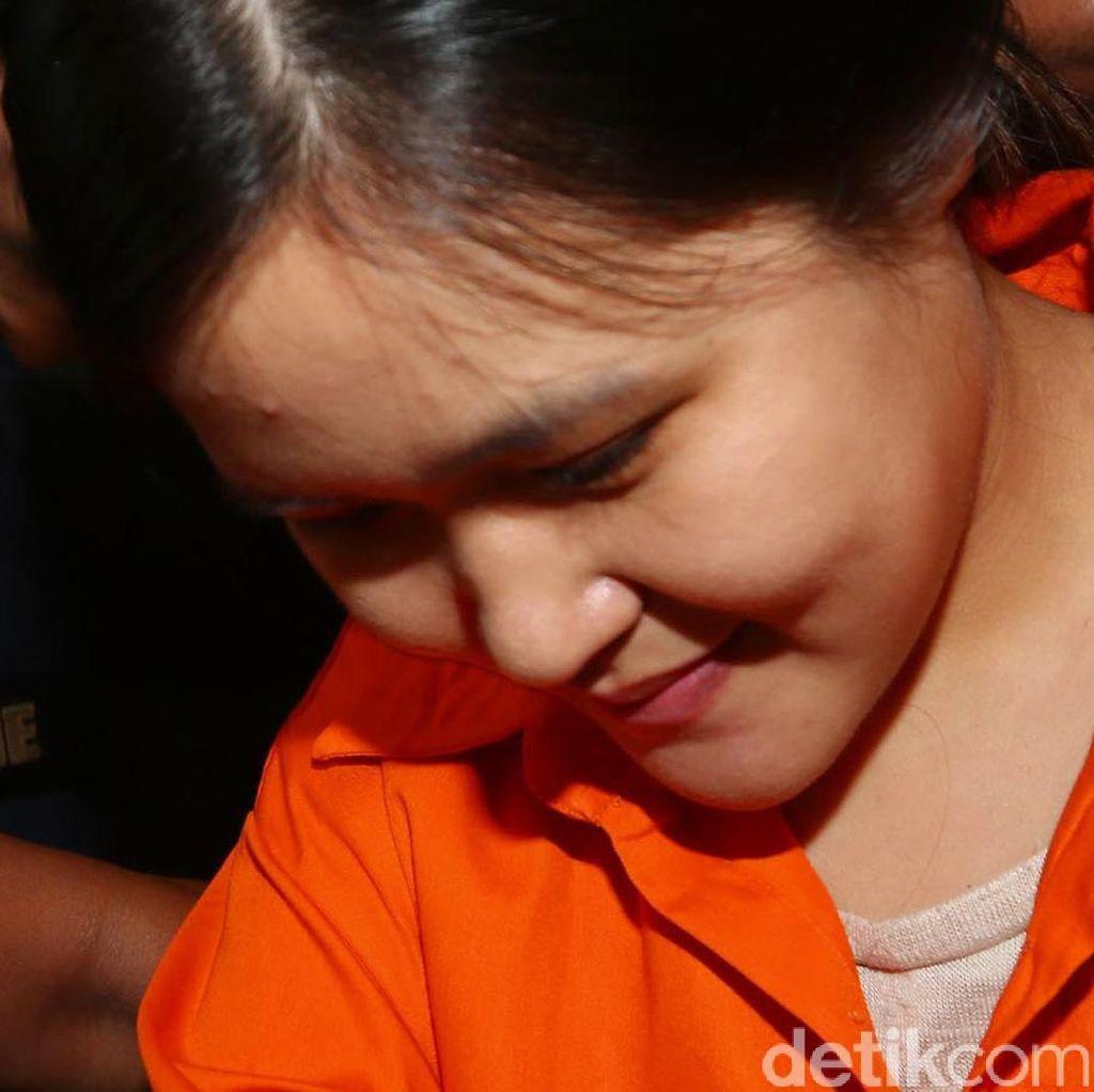 Jessica, Tes Kejiwaan dan Bukti yang Dikejar