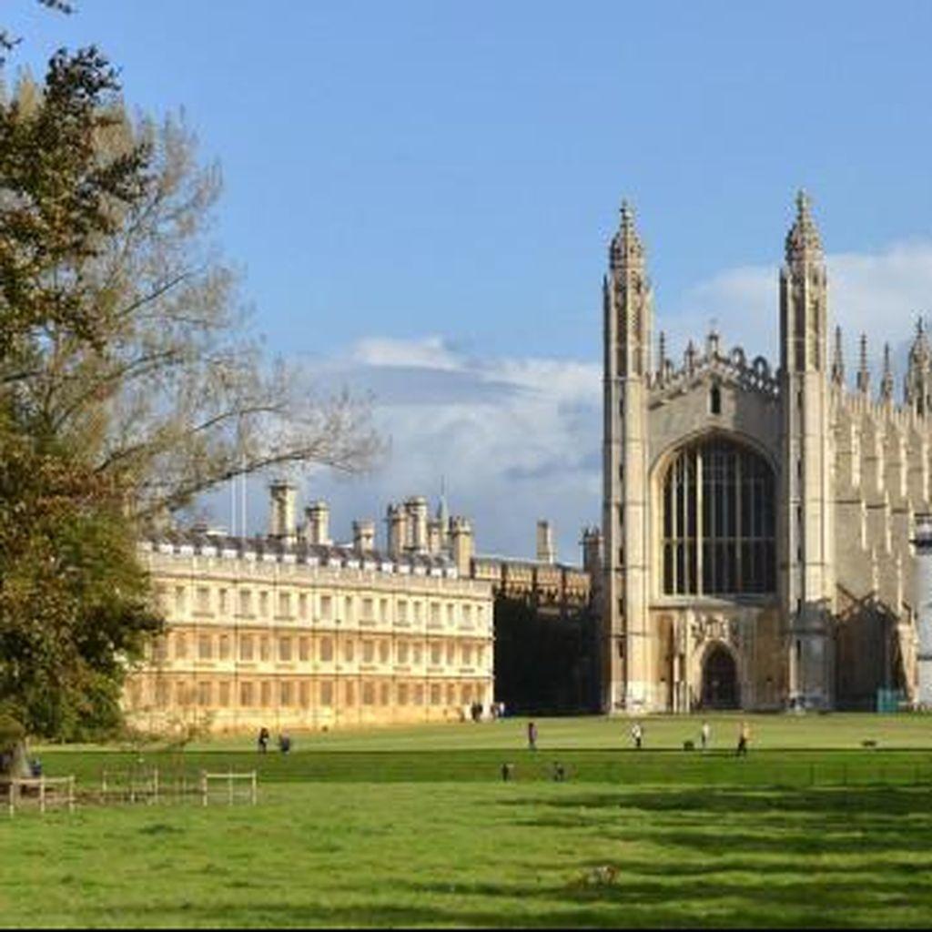 Calon Mahasiswa Universitas Cambridge Harus Ikuti Tes Tertulis