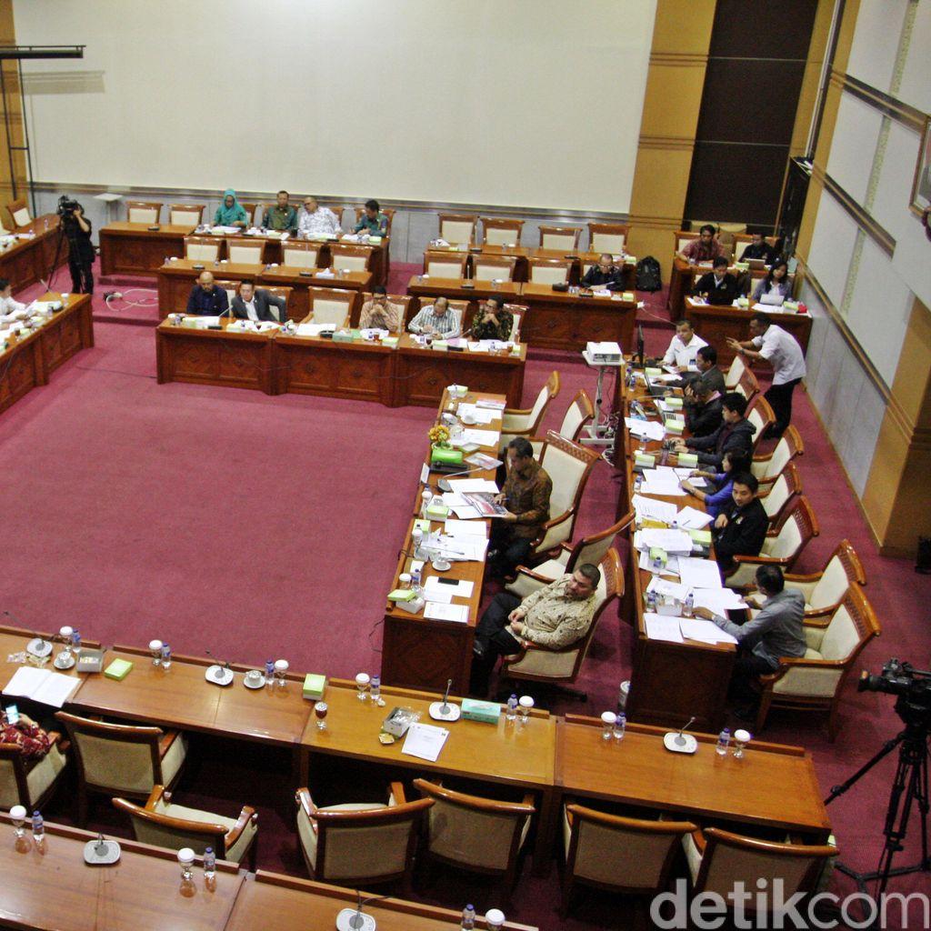 PuKat UGM: Revisi UU KPK Hasil Barter Pemerintah dengan DPR
