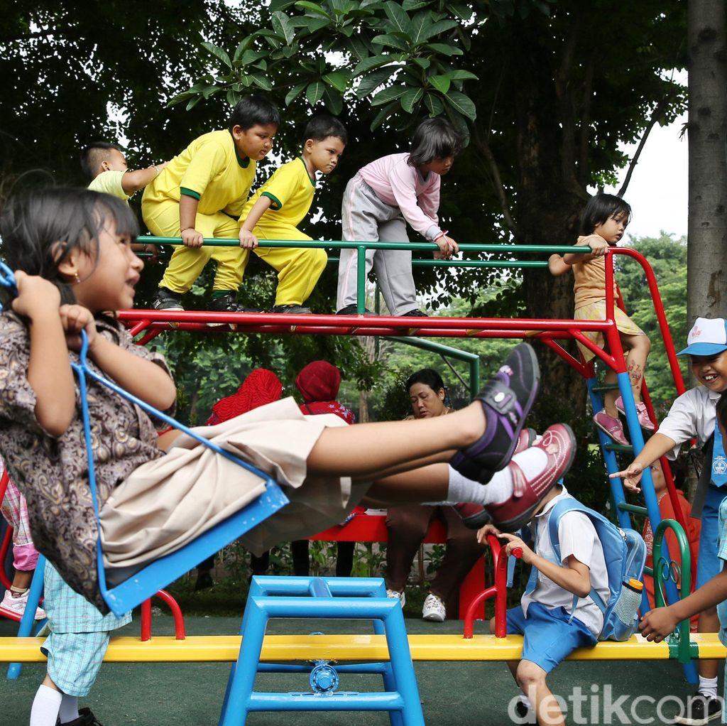 Kemendagri Akan Terbitkan KTP untuk Anak-anak