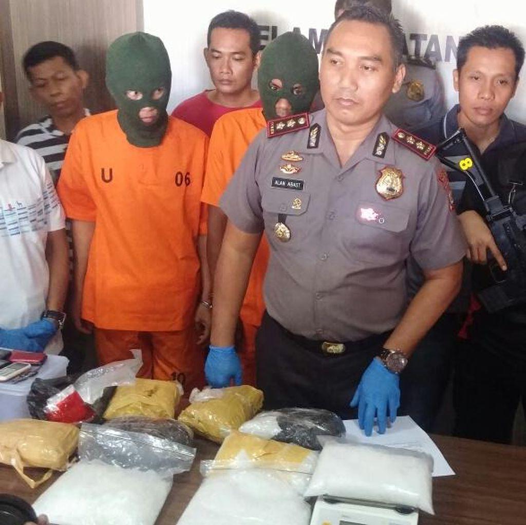 Polisi Sita Sabu 10 Kg dari Sebuah Rumah di Parepare, 3 Orang Ditangkap