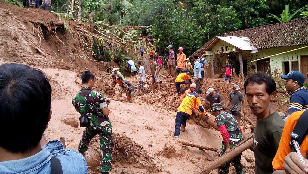 Seperti ini Kerusakan Akibat Longsor yang Tewaskan 5 Orang di Purworejo
