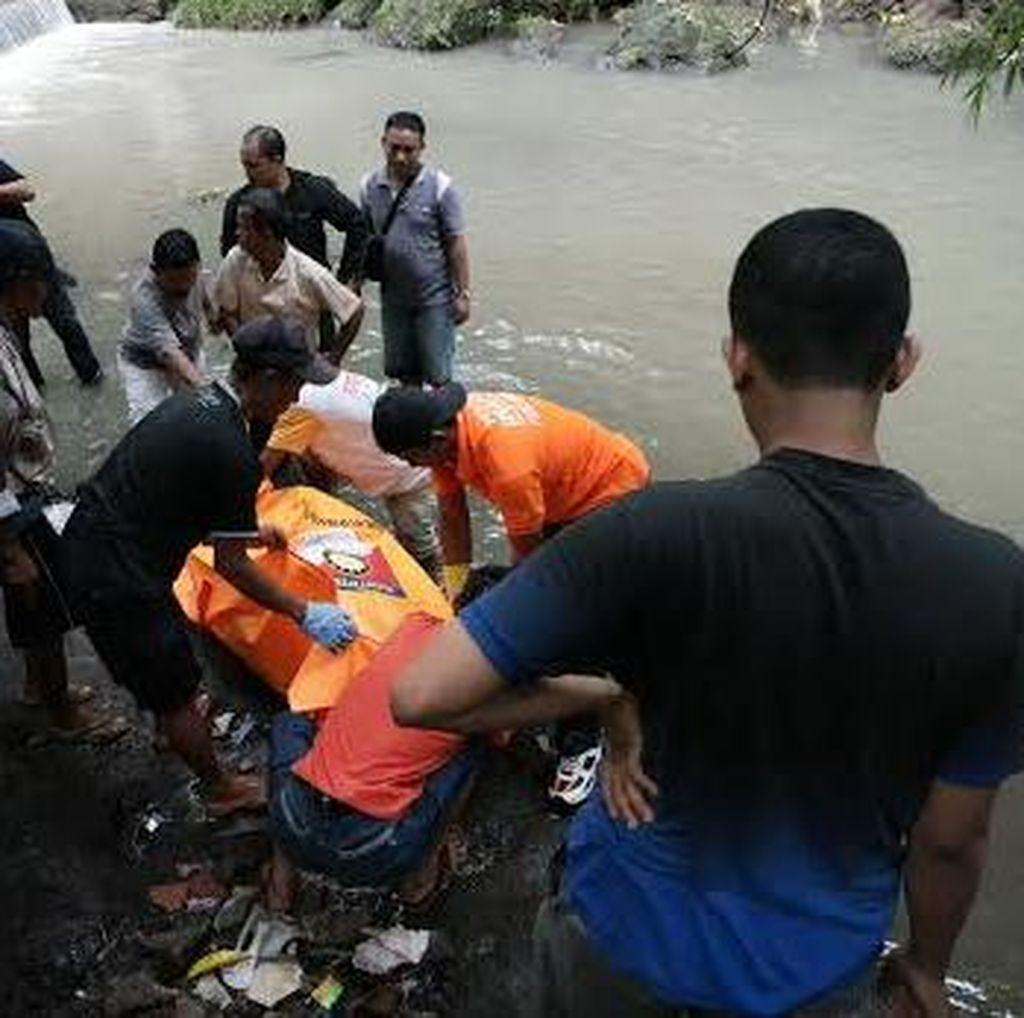 Mayat Perempuan Muda Ditemukan Mengambang di Sungai Bawah Jembatan