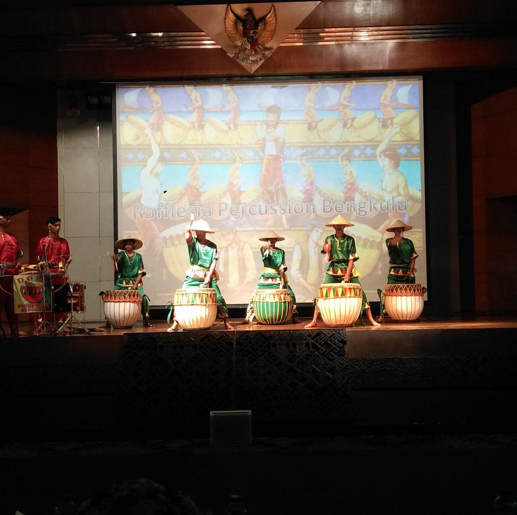 Ayo Berkelana dan Promosikan Budaya-Alam Indonesia!